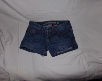 Guess Denim boot-cut shorts 26 in waist