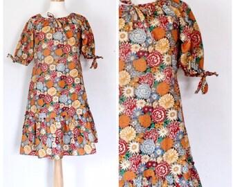 Vintage Dress / 70s Dress / Tent Dress / Peasant Dress / Floral Dress / 70s Boho Dress / Boho / Size Medium
