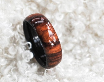 Wood Ring - Rosewood, Honduras Ring -  Men's Wood Rings, Women's Wood Rings, Wood Engagement Ring, Wood Wedding Bands, Wooden Rings