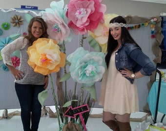 Giant Tissue Paper Flowers~Ready to Use~Already Opened~Bloomed~Large Tissue Flowers~Luau Flower~Mermaid Decorations~Beach Flower Decorations