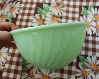 """Jadeite Fire King 9"""" Swirl Bowl Large Restaurant Glass Oven Ware Anchor Hocking VINTAGE by Plantdreaming"""