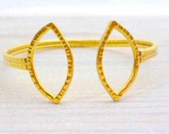 Geometric Cuff Bracelet, Open Cuff Bracelet, Gold Hammered Bracelet, Adjustable Cuff, Bridal Jewelry, Bridesmaid Bracelet, Wedding Jewelry