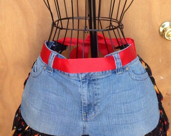 Jean apron, upcycle jeans, ruffle apron, country apron
