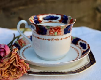 Pretty mis matched 'Imari' trio. English china tea cup and saucer. 1930's by Tuscan China, England. Vintage Shabby Chic.