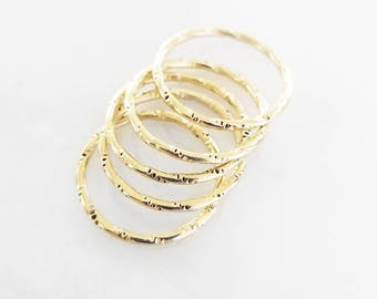 Textured Stackable Midi Ring