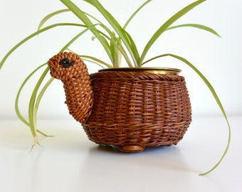 Turtle Shaped Wicker Basket Plant Holder with Feet
