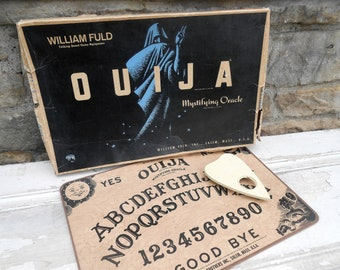 Vintage William Fuld Ouija Board with Original Planchette and Box Parkers Brothers Bros. Retro Goth Occult Halloween Gam