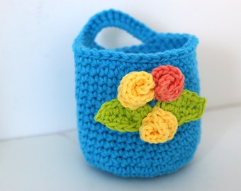 Crochet Bright Blue Basket with Round Face Scrubbies home living, bath beauty, gift set