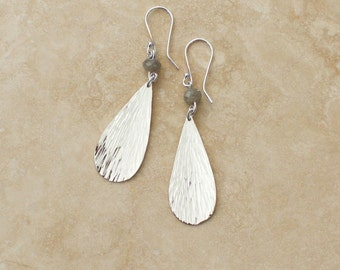 Raindrop Earrings with Labradorite, Hammered Argentium Silver Earrings, Labradorit Silver Earrings