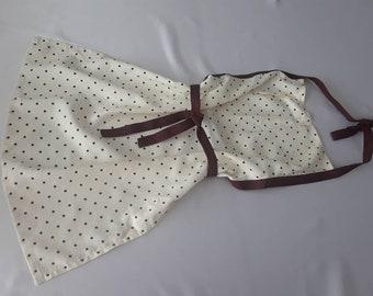 Children's apron, Little girls polka dot apron