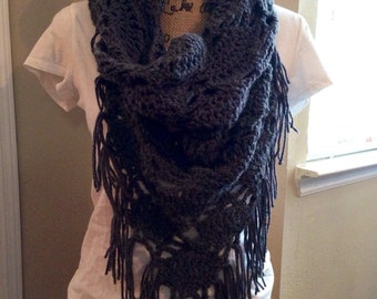 Triangle crocheted cowl with fringe