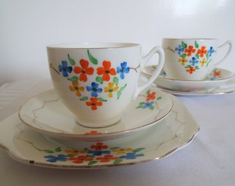 Pair Of 1930s Vintage Teacup Trios. Two Tea Cups, Saucers and Cake Plates With Hand Painted Flowers. Vintage Tea Set, Ideal For Tea For Two