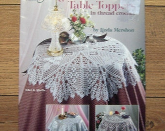 vintage 1993 Linda Mershon thread crochet patterns romantic table cloths toppers