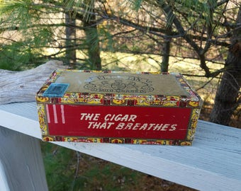 "El  Roi-Tan Mild Cigars ""The Cigar That Breathers"" Cigar Box"
