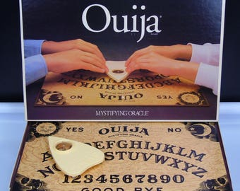 William Fuld Talking Board Ouija Mystifying Oracle Parker Brothers  Board Game Vintage 1992 Metaphysical Occult Haunted Paranormal Game
