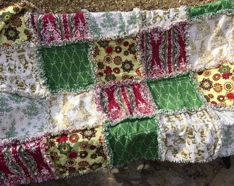 READY TO SHIP Christmas rag quilt - Christmas quilt - Christmas throw - Christmas blanket - Christmas decor - Christmas gift #Q107