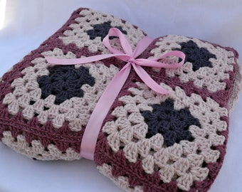 Purple passion crochet blanket, granny square blanket, purple blanket, warm blanket, lap blanket, couch blanket, bed blanket, afghan,lapghan