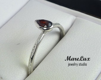 Natural Pear Cut Garnet Tiny Texture Silver Ring, 5x3 mm Teardrop Earth Mined Red Garnet Stacking Ring, Textured Genuine Garnet Stacker