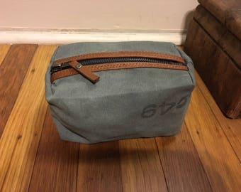 Vintage Mailbag Mini Dopp Kit
