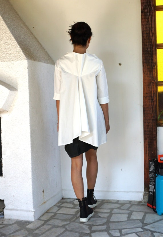 White Extravagant Loose shirt / Cotton shirt / Sexy Elegant Tunic / Extravagant Tunic / Oversized Elegant Tunic
