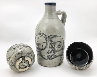 Skullopus bottle and cups