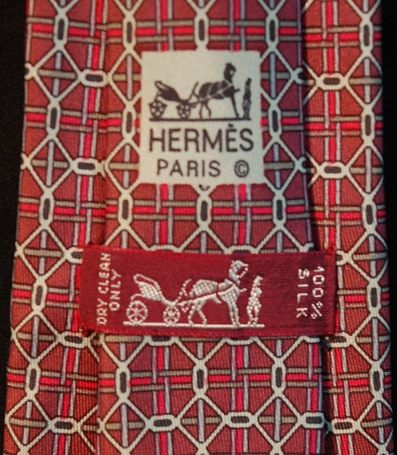 HERMÈS 100% Silk Tie - Interlocking Circles Pattern - 7064 TA Red itOqC