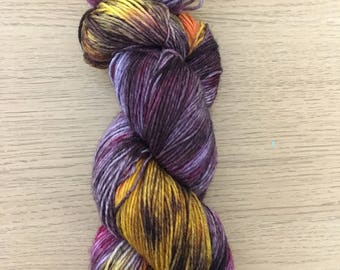 Supernova (superwash merino w/ nylon - 100g hand dyed sock yarn)