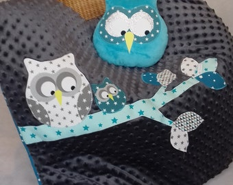 OWL on branch turquoise blue/gray Plaid