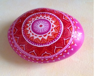 Mandala stone paperweight, paperweight, Mandala Art, Mandala rock handpainted, art, collectible, decorative