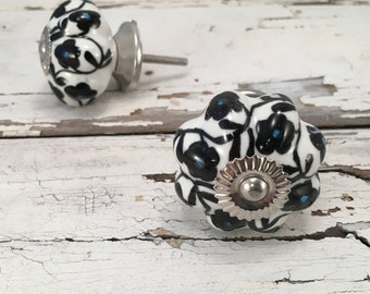Black n White Floral Knobs, Decorative Pull Knob, Craft Supply, Furniture Upgrade Ceramic Drawer Pulls, Home Improvement Cabinet Supplies