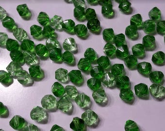 20 faceted bicone 6mm variegated green glass beads