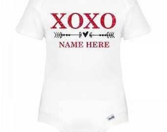 XOXO - Personalized baby / toddler outfit