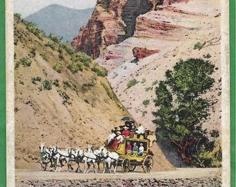 Vintage Postcard - A Stage Coach Full of Visitors At the Gardiner River in Gardiner River Canyon  Yellowstone National Park, Wyoming  (3501)