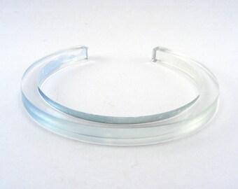 Bracelet acrylique Slim - bracelet bleu pâle - perspex léger bracelet - bracelet fin - ADO bracelet - clair plexi - offre spéciale