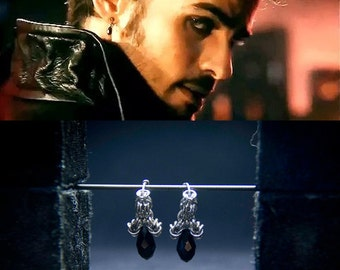 Captain Hook  Earrings / Once upon a Time Fandom Jewelry / Captain Swan Earrings / Cosplay / Chainmaille Eearrings / Chainmaille Fandom