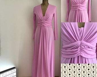 John Charles 1970s pale pink dress in size 14