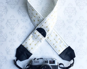 DSLR Camera Strap, Padded with 2 Lens Cap Pockets, Nikon, Canon, DSLR Photography, Photographer Gift, Wedding - Gold Arrows
