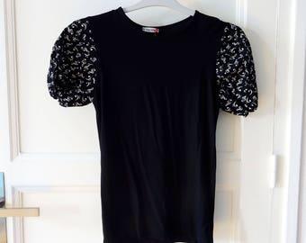 T-shirt manches ballon  noir et blanc, notes de musique T10/12 ans