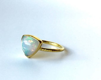 Gold opal ring, opal engagement ring, solid 22K gold ring with trillion cut solid ethiopian opal, trillion ring, gold jewelry, opal jewelry