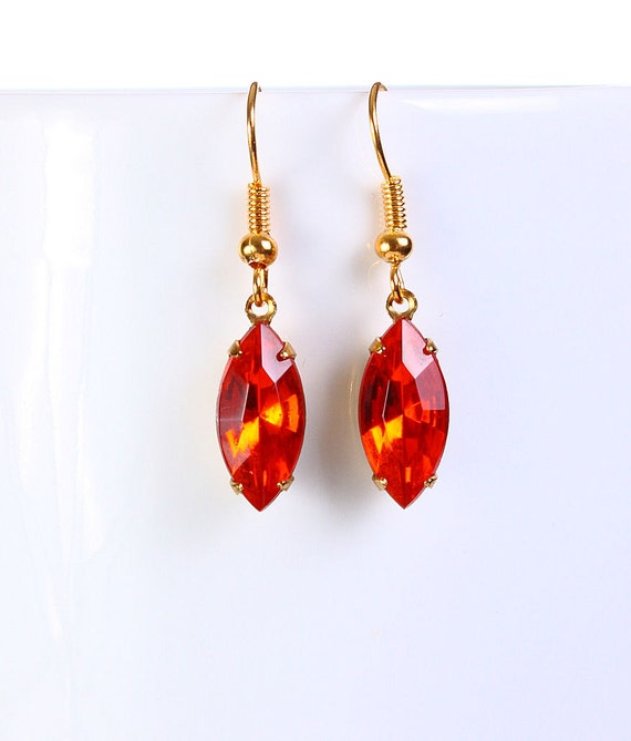 Estate style hollywood orange glass dangle earrings READY to ship (769)
