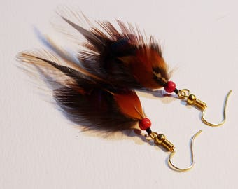 Earring natural feathers and wooden beads