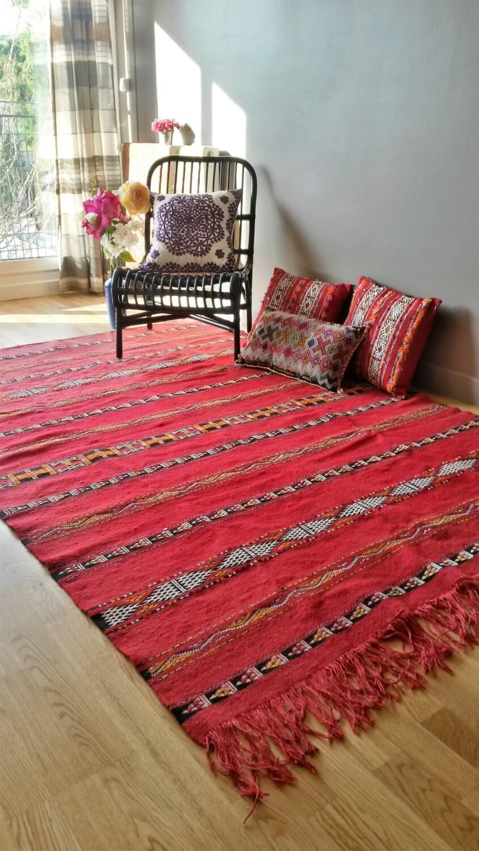 tapis kilim berb re en laine fait main. Black Bedroom Furniture Sets. Home Design Ideas