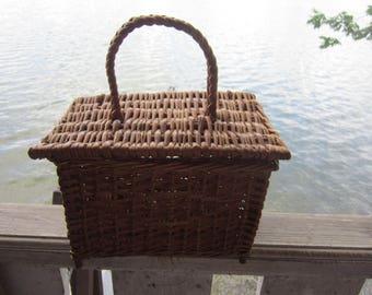 sweet vintage wicker basket hinged lid with feet