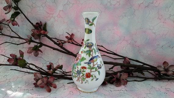 Aynsley Pembroke Vase Fine Bone China Made In England