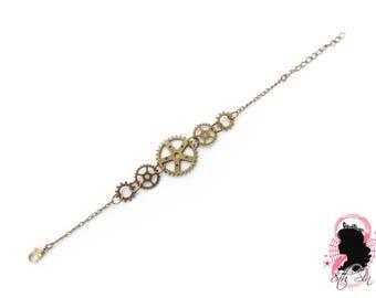 Antique Bronze Gear Bracelet, Steampunk Gear Bracelet, Steampunk Gift, Steampunk Bracelet, Engineer Gift, Brass Gear Bracelet