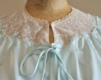 """Vintage Light Blue Bed Jacket,Small,Chest 36"""" to 38"""",Ivory Yoke and trim,summer blouse,Sexy,Lace,Applique leaves Embroidery,One little Stain"""