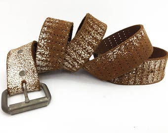 80s Distressed White Filigree Belt / Powdered Sugar Belt / Vintage Brown Belt with Roller Buckle / Made in Canada Leather Snap Belt Size 40