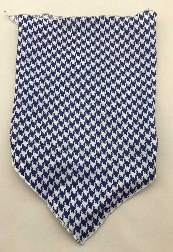 Blue Buffalo: Hidden Pocket Bandana w/ Navy Blue Buffalo Checkers/Houndstooth Print Lightweight