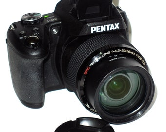 Pentax XG-1 16.0 MP Digital Camera