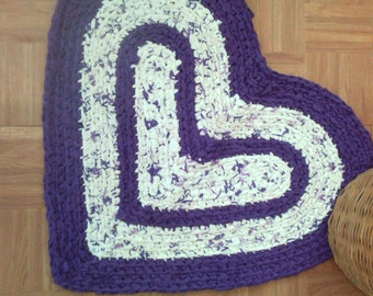 "Rag Rug - Heart Shaped Crocheted Rug  - 30"" x 26"" - Purple and White"